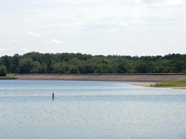 Lake Tyler dam